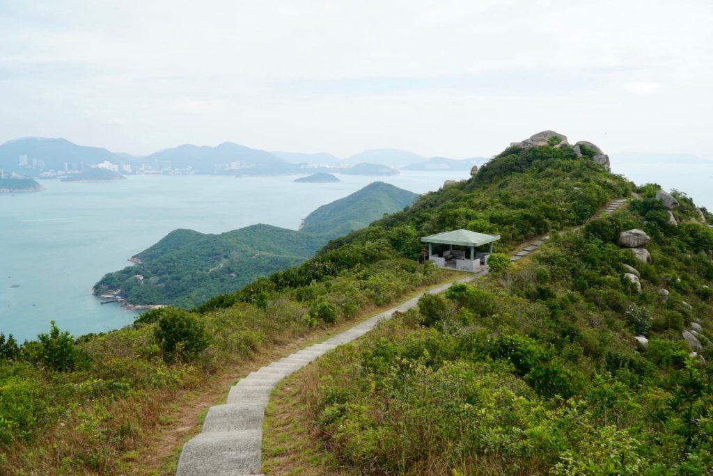 Hiking down Ling Kok Shan
